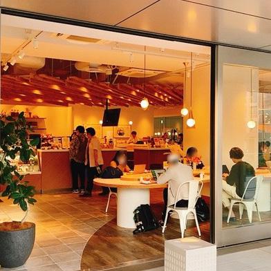 【五反田】Times CAFE(タイムズカフェ)/電源ありで作業もできるアートなお手軽カフェ